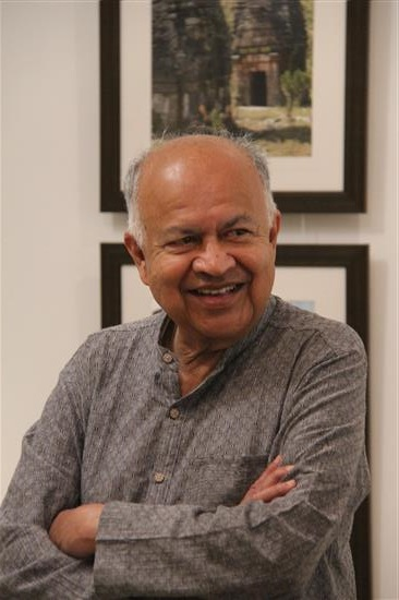 Dr. Jayant Narlikar at Indiaart Gallery