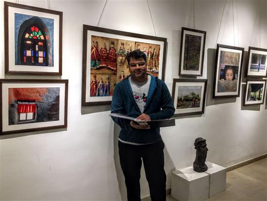 Dr. Kiran Kharat at Milind Sathe's photography show at Indiaart Gallery