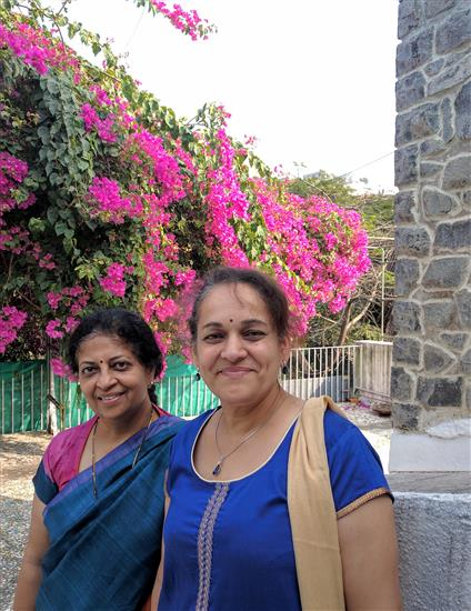 (L to R) Dr. Prachee Sathe, Yogini Lele at Indiaart Gallery