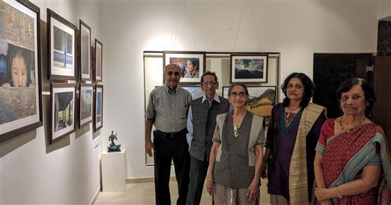 Eminent cartoonist Shri. S. D. (Shi. Da.) Phadnis with his family at Indiaart Gallery for my show. (L to R) Dr. Vinod Deshmukh, Shi. Da. Phadnis, Smt. Phadnis, Roopa Deodhar, Smt. Deshmukh