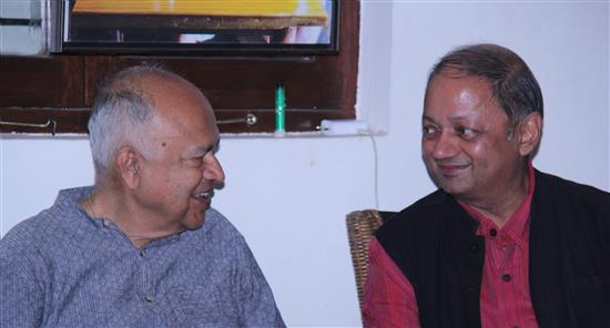 Milind Sathe with Dr. Jayant Narlikar at Indiaart Gallery