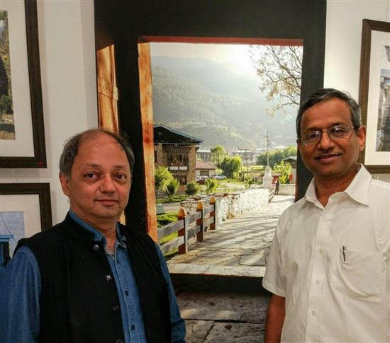 (L to R) Milind Sathe with Shreeniwas Shirsat