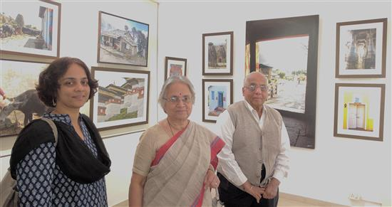 Pingle family at Milind Sathe's photography show at Indiaart Gallery