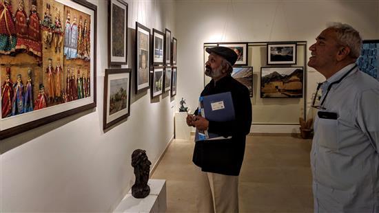 (L to R) Shri. Sainath and Shri. Shashi Sharma at Milind Sathe's photography show