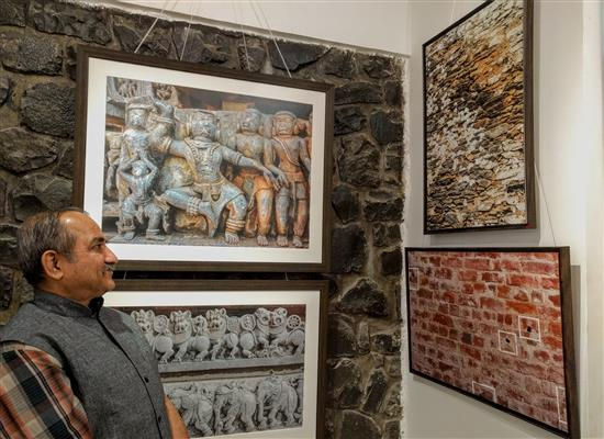 Shri Sharad Kunte at Milind Sathe's photography show at Indiaart Gallery