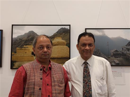 (L to R) Milind Sathe, Ashok Bharadwaj at Nehru Centre, Mumbai