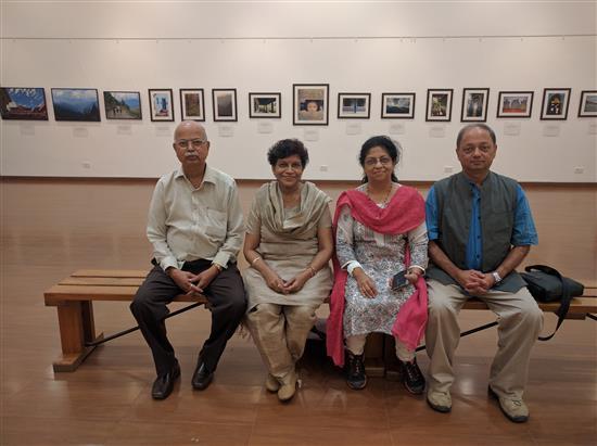 (L to R) Yashwant Shirwadkar, Yamini Shirwadkar, Dr. Prachee Sathe, Milind Sathe at Nehru Centre Art Gallery, Worli, Mumbai - August 2016