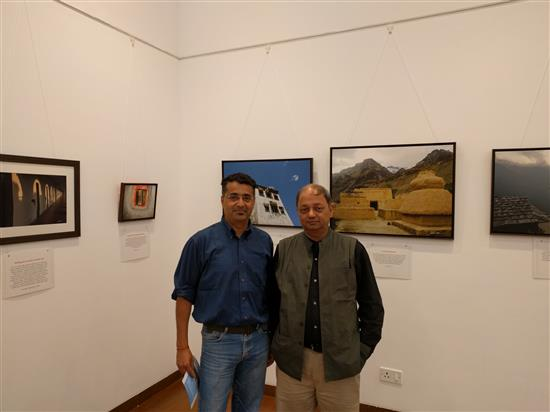 Banker and Artist Anuj Malhotra with Milind Sathe at Milind Sathe's solo photography show at Nehru Centre, Worli, Mumbai (August 2016)