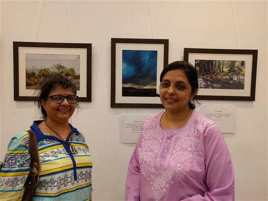 Janaki Anand and Ar. Vidya Raghu at Milind Sathe's solo photography show at Nehru Centre, Mumbai (August 2016)