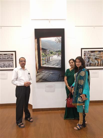 Mr. Dileep Wakankar with family at Milind Sathe's solo photography show at Nehru Centre, Worli, Mumbai (August 2016)