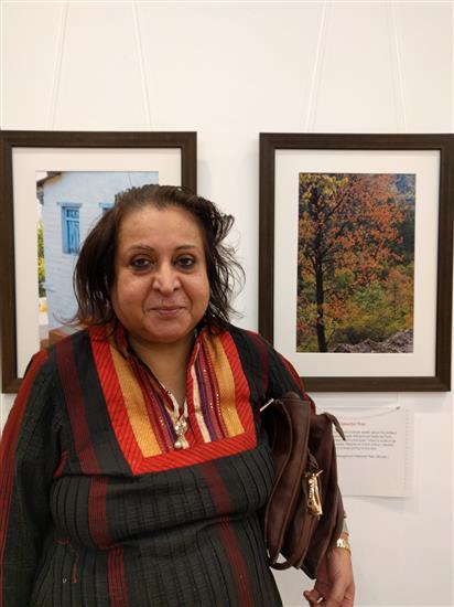 Neela Shete at Milind Sathe's solo photography show at Nehru Centre, Worli, Mumbai - I (August 2016)