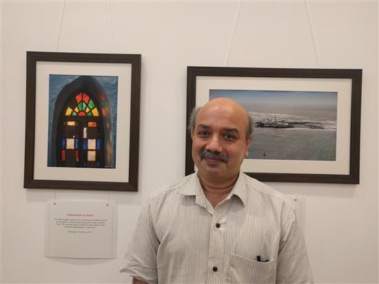 Prof. Sachin Patwardhan at Milind Sathe's solo photography show at Nehru Centre, Worli, Mumbai - August 2016