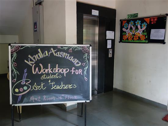 Khula Aasmaan workshop at New English Medium School, Pune