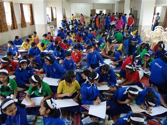 Children painting at Khula Aasmaan workshop, New English Medium School, Pune - 1