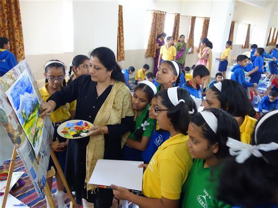 Chitra Vaidya with children at Khula Aasmaan workshop, New English Medium School, Pune - 1