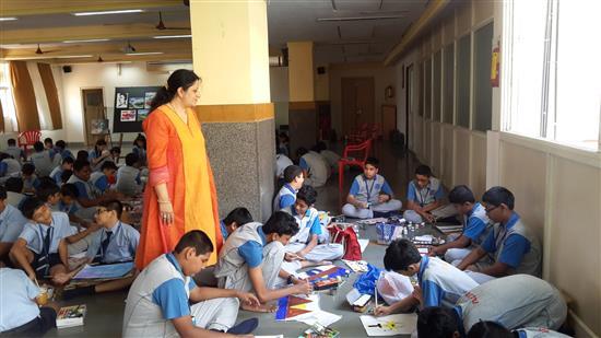 Chitra Vaidya conducted Khula Aasmaan workshop at Orion ICSE School, Mumbai - 3
