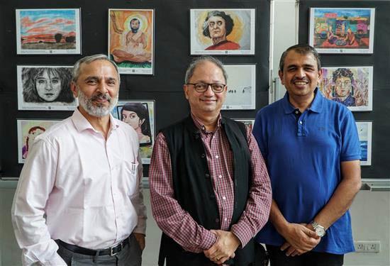 (L to R) Nitant Mate, Milind Sathe, Prof. L.S. Shashidhara at Khula Aasmaan art exhibition at IISER