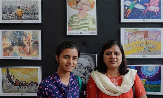 Manasi Jadhav and Dr. Geetanjali Jadhav at Khula Aasmaan painting exhibition at IISER Pune