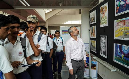 Nitant Mate at Khula Aasmaan children's art exhibition at IISER Pune