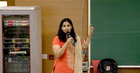 Dr. Neeraja Deshpande introduce Dr. Anirban Hazra