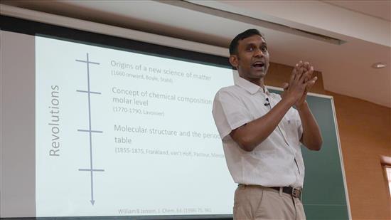 Story of Chemistry talk by Anirban Hazra 6