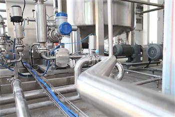 Water recycling at point of consumption