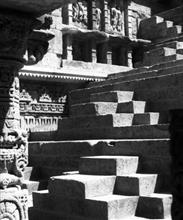 Queen's Stepwell, Patan - 12, Photo by Ar Y D Pitkar
