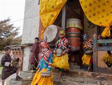 Paintings by Milind Sathe - Artistes step out in the monastery courtyard for a dance ritual
