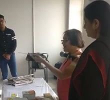 Art of Recycling, workshop by Gauri Ketkar - Part 2 (at Jaipur Art Summit 2017)
