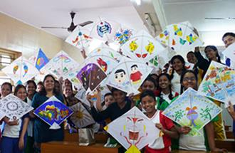 Kite painting workshop by Chitra Vaidya at Madhavrao Bhagwat High School, Mumbai
