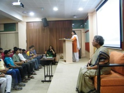 Talk by Dr. Nalini Bhagwat on History of Indian Art at Jnana Prabodhini Prashala, Pune