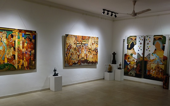 Pictures from Ajanta collection at Indiaart Gallery, paintings by Shri. Vijay Kulkarni