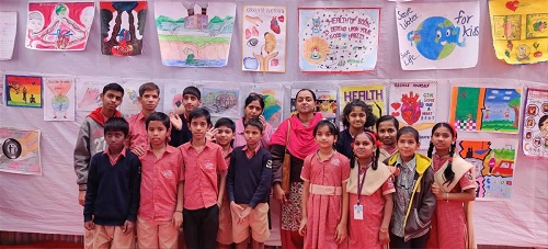 Children and Teachers of V. R. Ruia Mook Badhir Vidyalaya, Pune - at the poster exhibition at Kutuhal