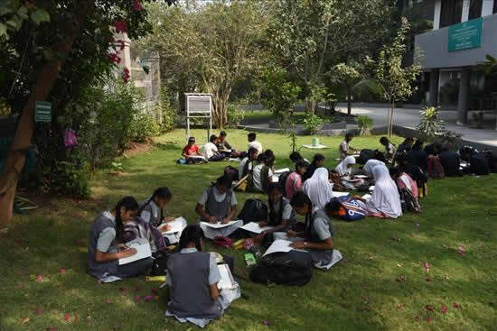 Painting Competition at University Garden - 7